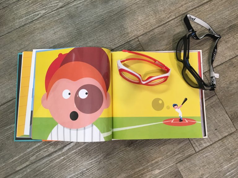 eff1c0b976459 Lunettes de sport pour enfants adaptées à la vue